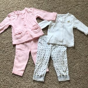 Two Carter's outfit sets size 6 months